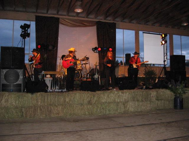 on-stage-prov-farm-2008